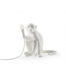 Lámpara Mono Sentado
